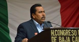 """La Comisión de Asuntos Fiscales del Congreso trabaja seriamente en la elaboración del dictamen para modificar la """"Ley de Alcoholes"""": Diputado Alfredo Zamora"""