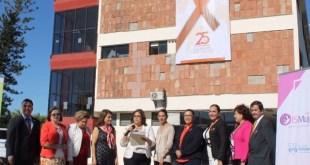 Instala Congreso del Estado listón naranja en el edificio principal
