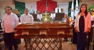 Los Tres Poderes del Estado de Baja California Sur despiden a Silvestre de la Toba y a su hijo Fernando de la Toba