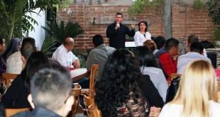 CALIDAD Y CALIDEZ DEBE BRINDAR EL SERVICIO PÚBLICO: ÁLVARO DE LA PEÑA