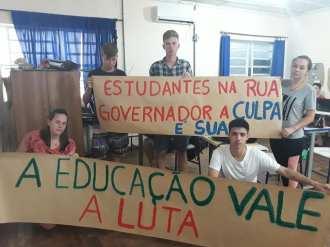 educação4
