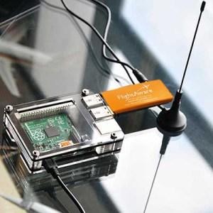 0 piaware_with_antenna-pro