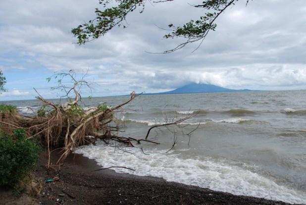 Nicaragua YN2CC 2013 DX News