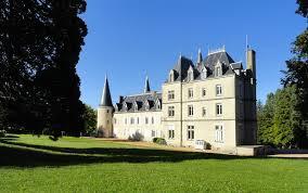 chateau st