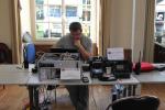 Sébastien F4ASS sur le stand ADRASEC 42 en démonstration de relais DSTAR, DMR et analogique avec logique à base d'arduino