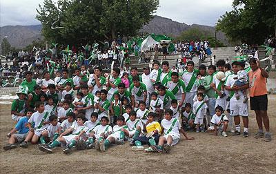 La familia de Rivadavia que este fin de semana festejo por tres, consagrándose en 1ª, 5ª y 6ª división.