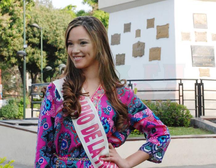 Aylen Luján Arroyo - Rosario de la Frontera. Fotos FM Alba 89.3 Mhz Tartagal