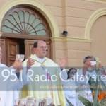 El Obispo de Cafayate camina junto a peregrinos del Cajón y Ovejería