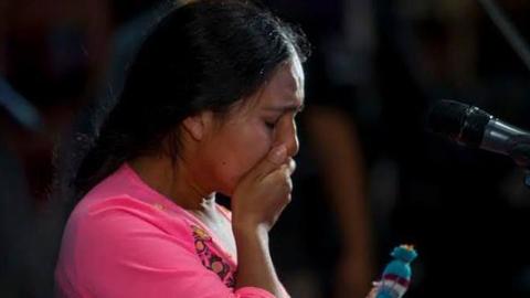 Mariana Carrizo cuando quebró en llantos ante la respuesta del público