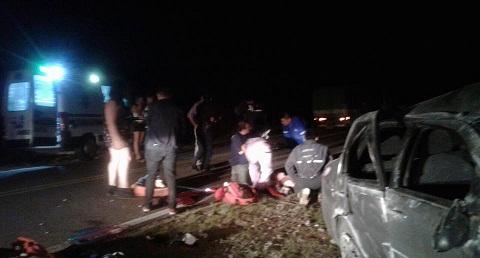 El vuelco ocurrió en la madrugada entre Cafayate y Tolombón. Foto: Bomberos Voluntarios de Cafayate