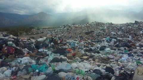 Desmanejo, fracaso y colapso en el vertedero de residuos de Cafayate, Animaná y San Carlos