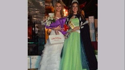 Belén Blasco, princesa primera 2016, entregó la corona a Milena Cabrera