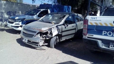 Dos heridos en un choque entre un auto y una moto