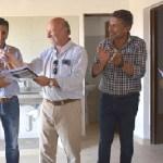 Entregaron tres casas para profesionales de la salud