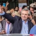 Alberto Fernández se impone en primera vuelta por una ventaja menor a la esperada