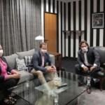 Sáenz se reunió con directivos de la empresa Colomé