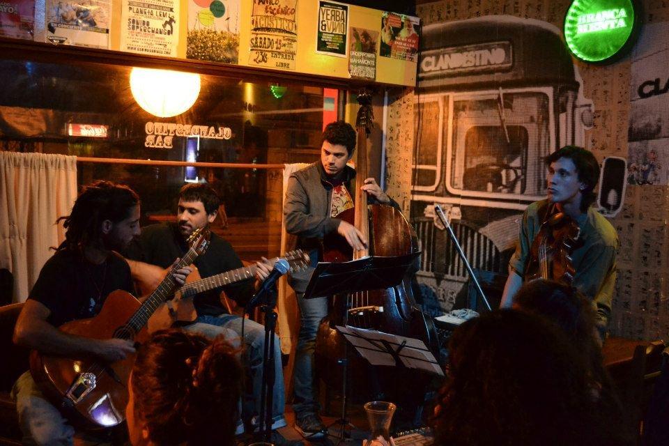 Cuarteto de cuerdas y jazz gitano: Entrevista a La Manush