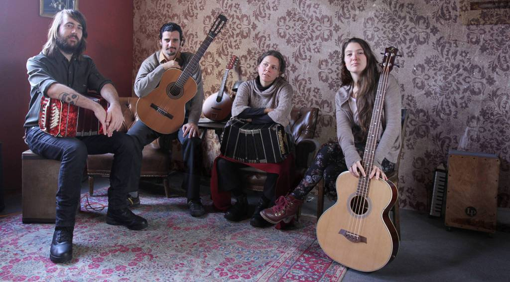 Tatango, pequeña orquesta típica