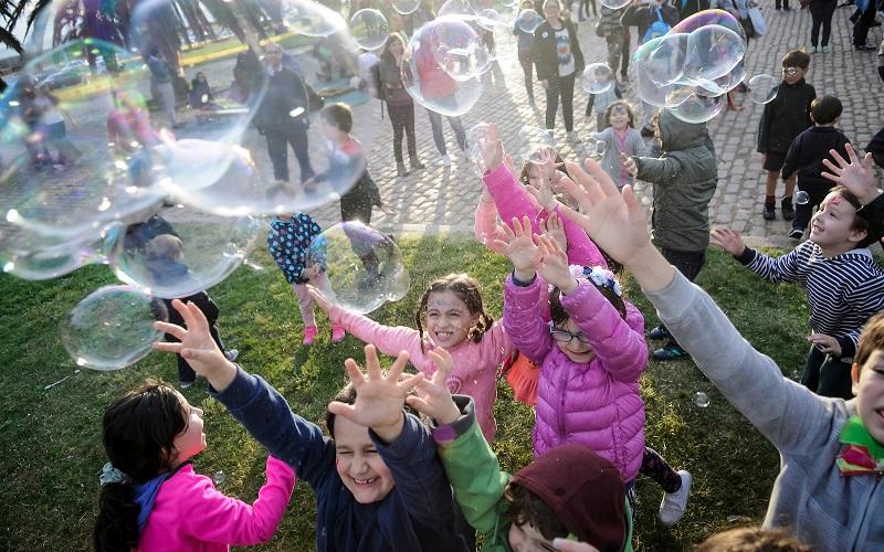 La Fiesta contada por los niños