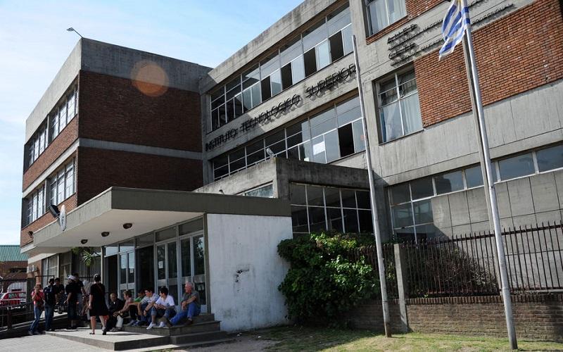 Conflicto en UTU por bases de concurso a profesores