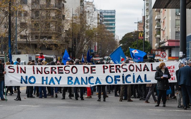 Banca Oficial cerró semana de movilizaciones con paro y acto en Montevideo
