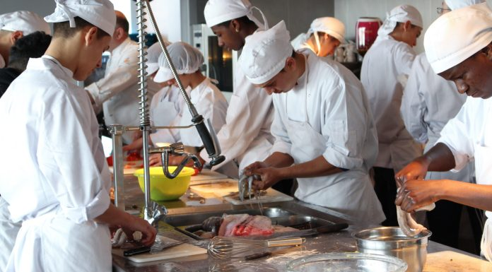 Cuina cuiners restaurant hosteleria