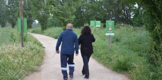 Senderistes en la via verda que travessa Mont-ras per unir Palafrugell amb Palamós. Foto: AMM-AM