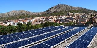 Plaques solars fotovoltaiques a l'Espai Ter de Torroella de Montgrí   Imatge de l'Ajuntament