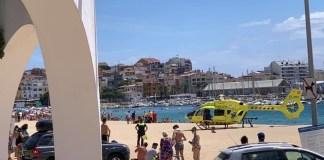 Evacuen una dona de 88 anys de la platja gran de Palamós | Imatge de Jaume Pahissa