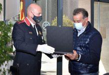 Entrega felicitació Jordi Peraferrer