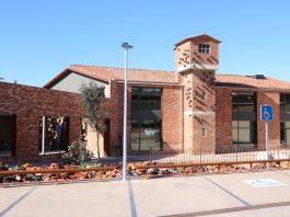 Pla obert del Museu Terracota des de l'exterior aquest dijous 6 de febrer de 2020 a la Bisbal d'Empordà. (Horitzontal)