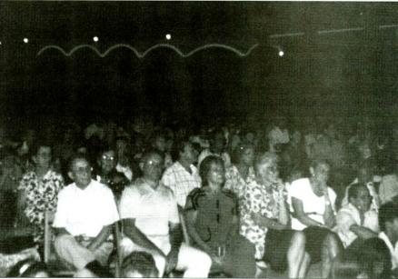 """Primera Cantada d'Havaneres a Palm Beach, que va tenir lloc el 20 d'agost de 1992 // Publicat a """"Àncora"""" el 27/8/1992"""