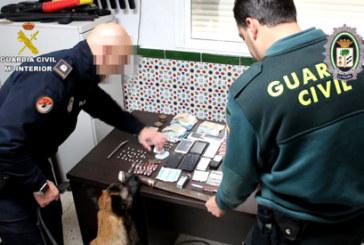 La Palma del Condado | La Guardia Civil y la Policía Local realizan 8 detenciones y desarticulan varios puntos de venta de drogas muy activos en la localidad
