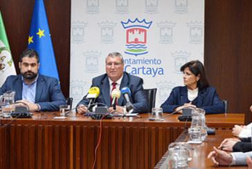 El Ayuntamiento de Cartaya rinde homenaje a los alcaldes democráticos de la localidad