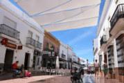 Comienzan los trabajos de entoldado en la Plaza Larga