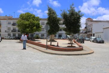 Finalizan las obras de pavimentación y alcantarillado de la Plaza Corral Concejo