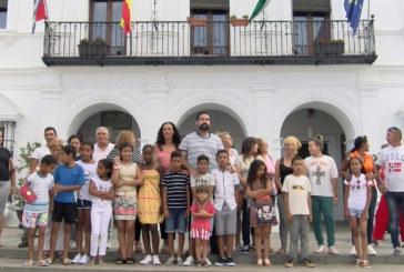 Cartaya Tv | Recepción municipal para los 14 menores saharauis que pasan el verano en Cartaya