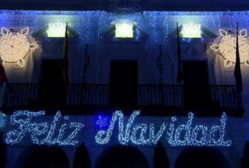 Cartaya Tv   Comienza la Navidad en Cartaya con el encendido del alumbrado navideño