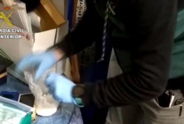 La Guardia Civil desarticula una organización deteniendo a un total de 17 personas en Huelva y Sevilla por tráfico de drogas