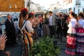 Cartaya arropa a Camacho Ríos en la apertura de su nueva tienda