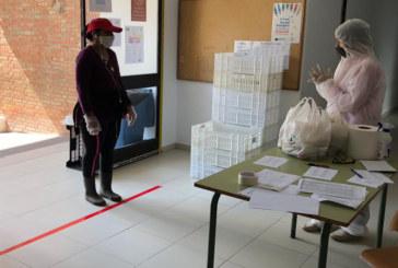 Cartaya comienza el reparto de alimentos a los escolares del Programa Syga