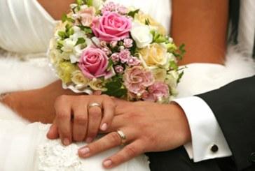 Alejandra y Francisco aplazan su boda por la crisis del coronavirus