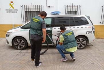 Isla Cristina | La Guardia Civil detiene a dos personas por el robo de una bicicleta