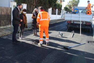 El Ayuntamiento pone en marcha actuaciones de reasfaltado de calles en los tres núcleos urbanos