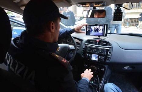 Polizia, sequestrate 2400 auto senza assicurazione in 5 giorni