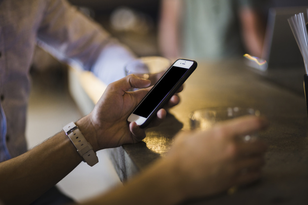 Cassinate – Ruba un cellulare sul bancone di un bar a San Vittore del  Lazio: incastrato dalle telecamere e denunciato un immigrato della Costa  d'Avorio - RadioCassinoStereo