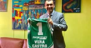 Juan Eduardo Vera tiene la 1 de 'Los Leones'
