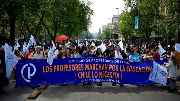 Chiloé: profesores rechazan propuesta de Mineduc y continúan en paro nacional indefinido