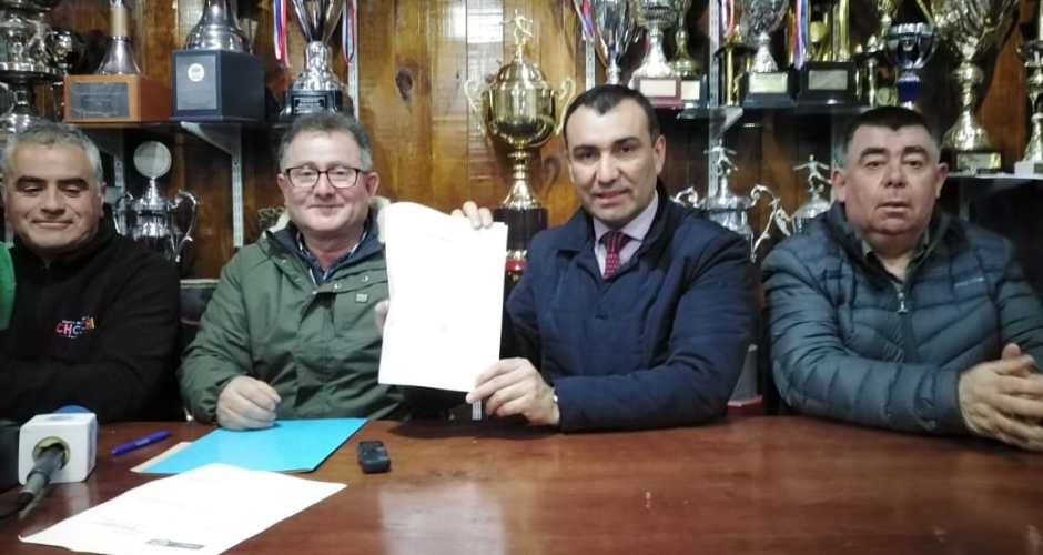 Alcalde de Castro compromete apoyo para nacional 2021