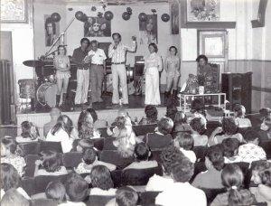 AVARE-1974-RADIO AVARE